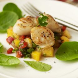 Seared Scallops with Mango and Papaya Salsa