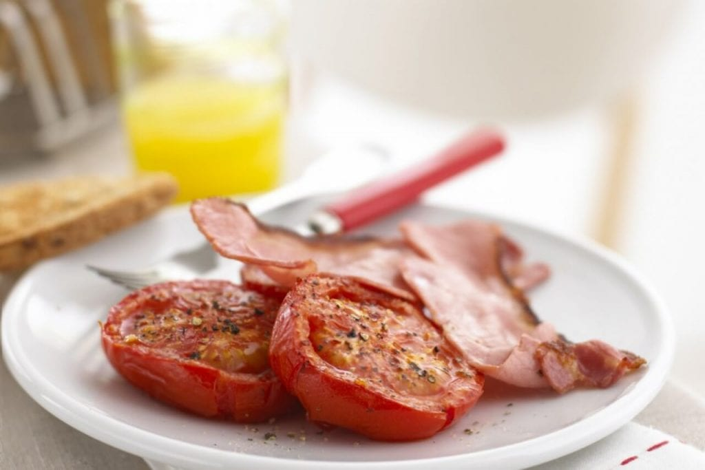 Tomatoes and bacon