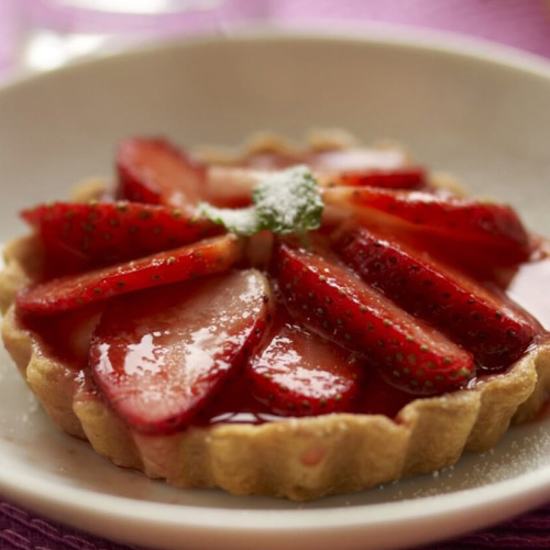 Strawberry Tartlets with Crème Anglaise
